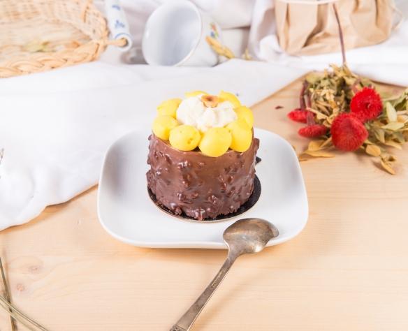 Prăjitură cu mousse de curmale (fără zahăr)