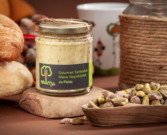 Gourmet tartinabil miere neprihănită cu fistic