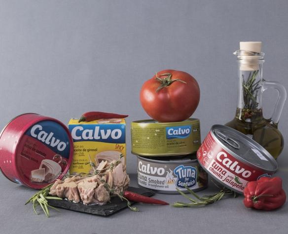 Salată mediteraneană cu ton Calvo